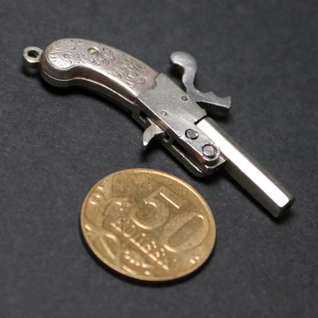 АРК-17Миниатюрная модель пистолета3