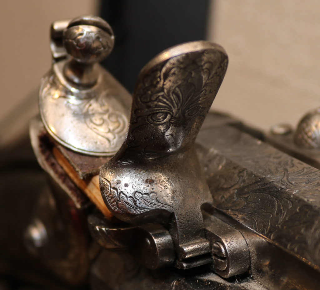 АРК-18Револьверное ружье с кремниевыми замками, около 1700 года8
